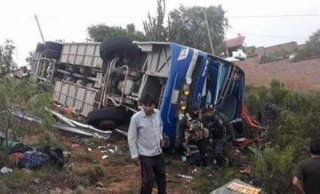 Seis muertos deja accidente de flota que viajaba a Sucre