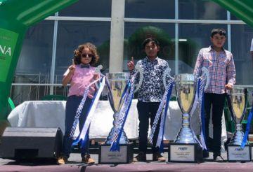 Pilotos potosinos fueron premiados por la dirigencia de la Febad