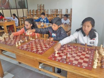 Condori y Bolaños quieren el título en el nacional de ajedrez