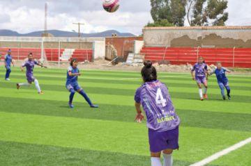 El equipo femenino de Real Potosí busca sumar los tres puntos ante Renacer
