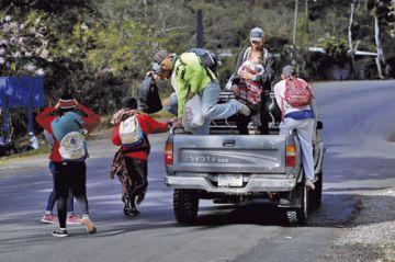 Inmigrantes hondureños cerca de llegar a México