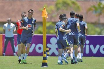 Brasil quiere debutar con victoria ante Perú