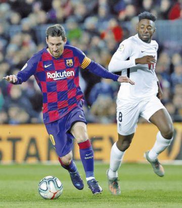 Barcelona vence en el debut de Quique Setién