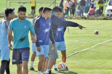 Santos jugarán con 3 defensores ante Guaraní