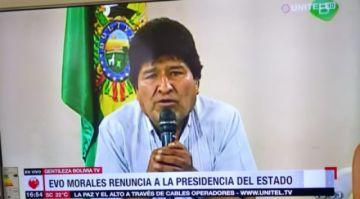 """Revelan que Evo Morales renunció antes de la """"sugerencia"""" de las FF. AA."""