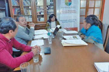 Delegada defensorial exhorta a los concejales a buscar una solución