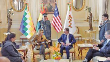 """EE.UU. anuncia """"envío de embajador"""" a Bolivia"""