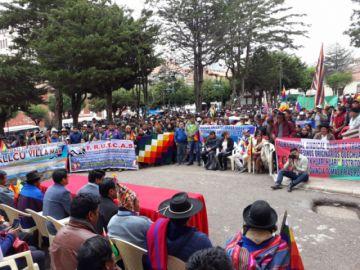 Marcha de comunarios no ingresó hasta la plaza