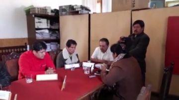 Concejales oficialistas instalan sesión