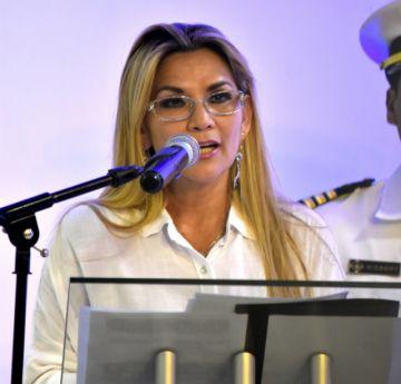 Tras 11 años Jeanine Áñez libera las exportaciones