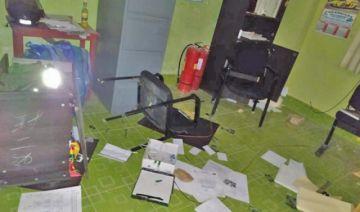 Personas violentas causaron destrozos a módulo policial
