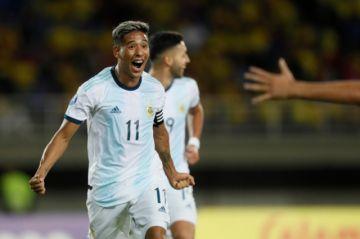 Argentina golea a Venezuela y va a la final del torneo