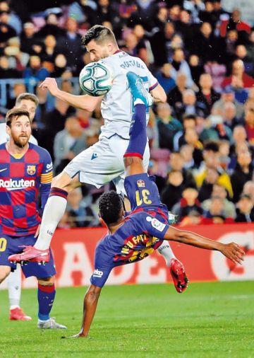 """Barza gana a Levante en el """"Camp Nou"""""""