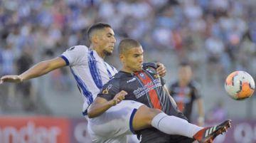 Cerro Largo iguala a Palestino con un gol de Benítez