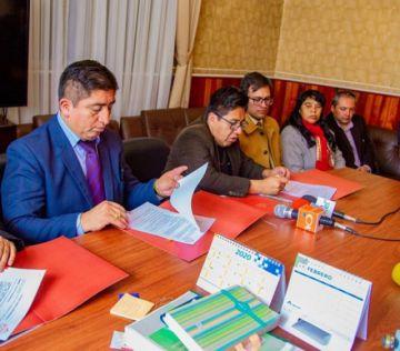 Potosí y Oruro firman convenio de apoyo entre ambos municipios
