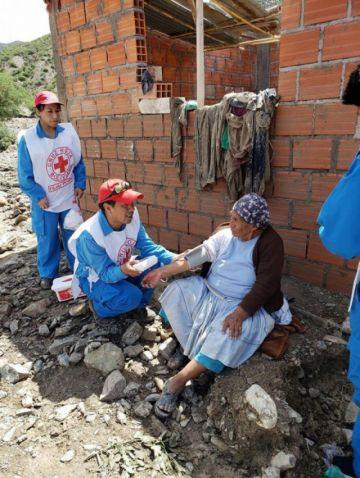 Cruz Roja de Potosí atiende a afectados riada en Cotagaita