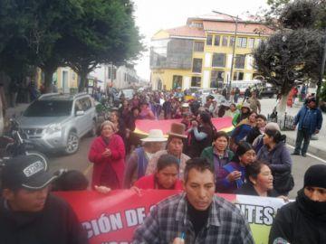 Feriafranquistas marchan exigiendo legalidad al alcalde