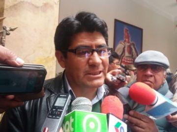 Gobernador afirma que obras del nuevo hospital avanzan