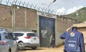 Detectan granada de guerra con sigla de PCC en la cárcel de El Abra