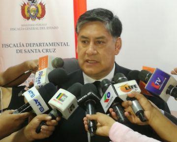 Legislativo admite juicio contra el fiscal general Juan Lanchipa