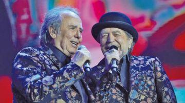Joaquín Sabina se cae del escenario en un concierto