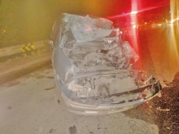 Una colisión de vehículos deja dos personas heridas