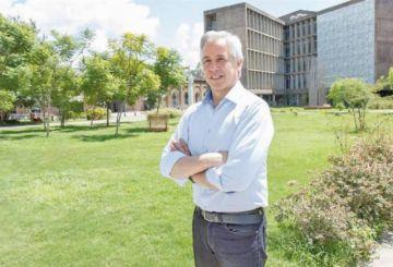 García será docente en universidad argentina