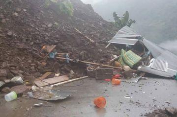 Hay 17 fallecidos por los desastres naturales y La Paz está en emergencia
