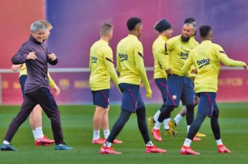"""Barcelona y Getafe miden fuerzas en el """"Camp Nou"""""""
