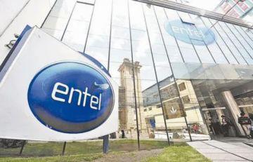 Funcionarios comenzaron a devolver beneficios sociales cobrados de Entel