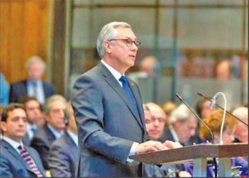 Legislativo convocará a Eduardo Rodríguez Veltzé por el tema Silala