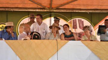 El Gobierno de Áñez compromete apoyo al sector agroproductivo