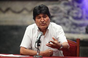 Fiscalía remite a La Paz la denuncia por fraude electoral contra Evo