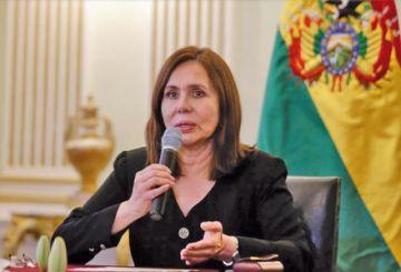 Longaric: no se permitirá fuerzas extranjeras con rostro cubierto en el país