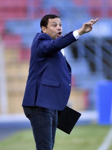 """Jeaustin Campos asegura que """"no hay mal que por bien no venga"""""""