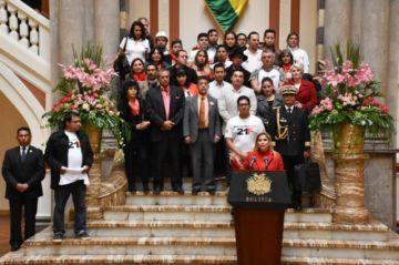 Anuncian decreto para declarar el 21F como Día del Ciudadano