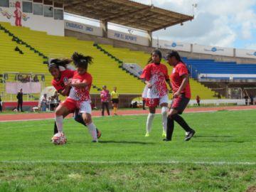 Selección potosina de damas gana y pasa a la fase final de la Copa Integración
