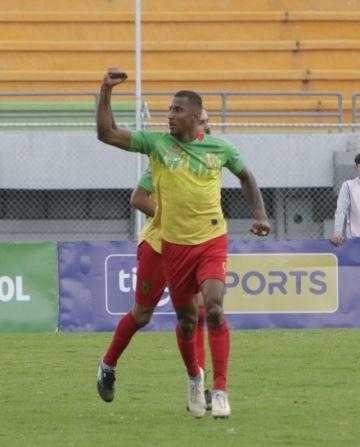 """Municipal Vinto gana a Real Santa Cruz en el """"Capriles"""""""