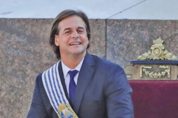 Lacalle Pou asume presidencia de Uruguay y busca  cambio político