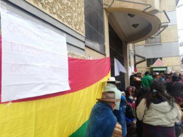 Comunarios de Cantumarca piden cambio de todos los funcionarios de Catastro