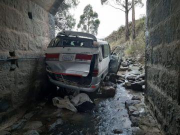 Una persona muere tras el embarrancamiento de auto