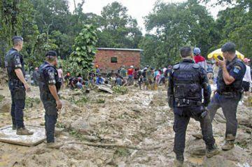 Lluvias castigan a Brasil al causar muertes y daños