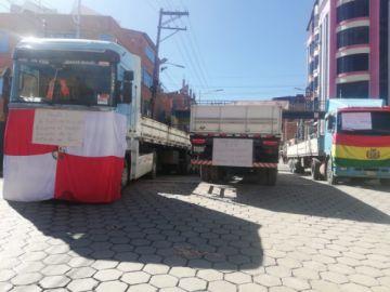 Transportistas bloquearon las calles por contaminación