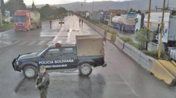 Cochabamba: suspenden salidas de buses al occidente por bloqueos