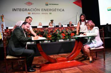 Bolivia venderá gas a Brasil por 6 años y recibirá $us 6.000 MM