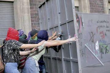 México, Colombia y Chile, países felices pese a dificultades