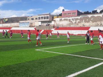 Sporting Potosí gana en penales y se mantiene el Primera B