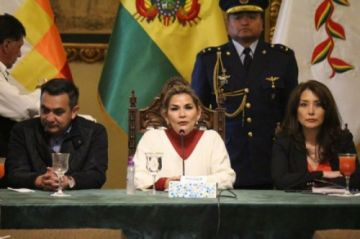Covid-19: Prohíben ingreso a Bolivia de pasajeros procedentes de China, Corea, Italia y España