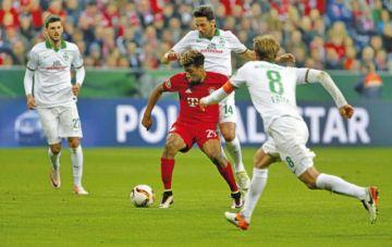 Bundesliga alemana suspende competición