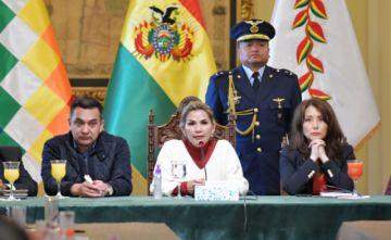 Prohíben entrada de pasajeros de España, China, Corea e Italia